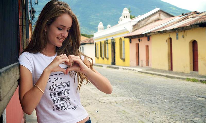 Stephanie-Zelaya_Traigo-un-corazon_