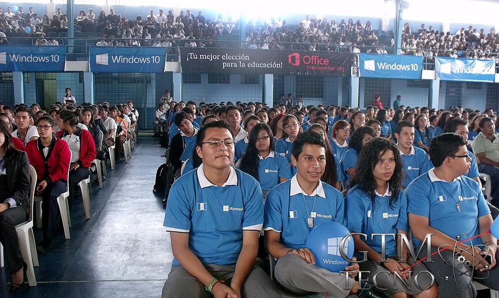 Windows10-esta-en-Guatemala_Villa-Canales