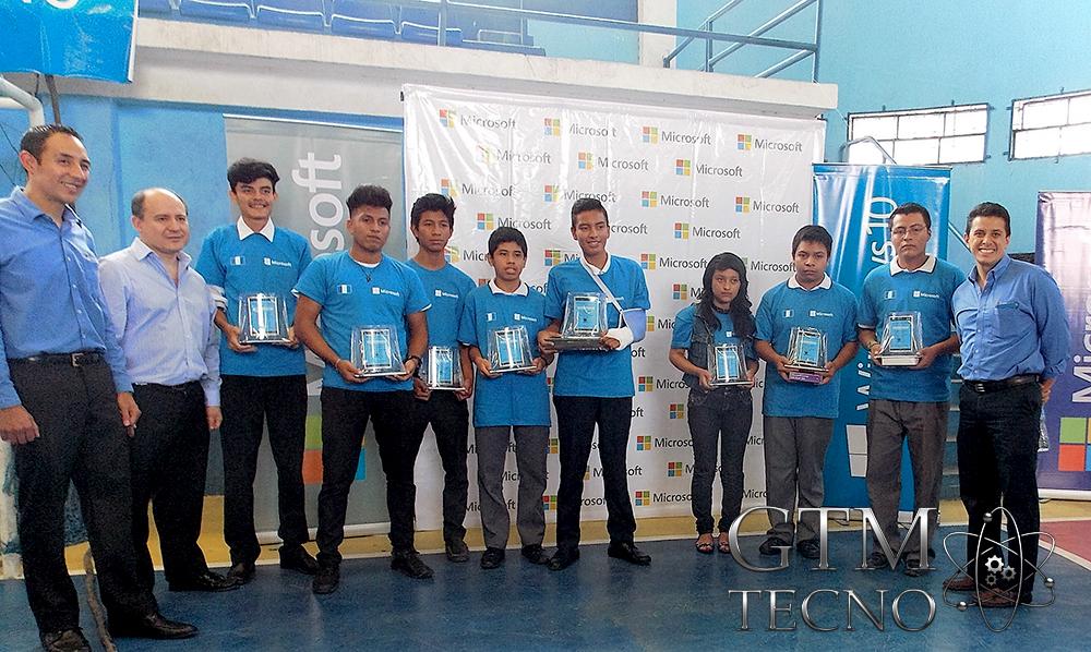 Windows10-esta-en-Guatemala_Villa-Canales_premiados