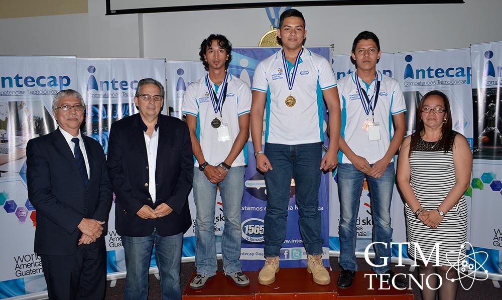 INTECAP_Cableado-estructurado-de-redes-(CTI)_Podio-WorldSkills-Americas-Guatemala
