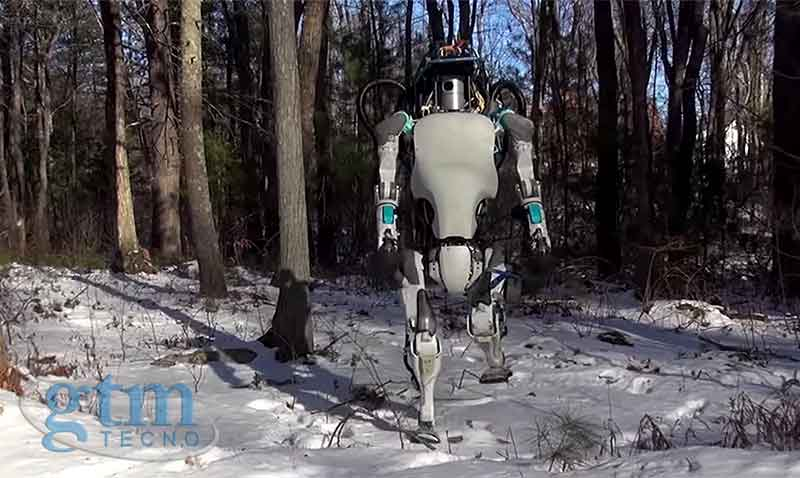Atlas: robot humanoide