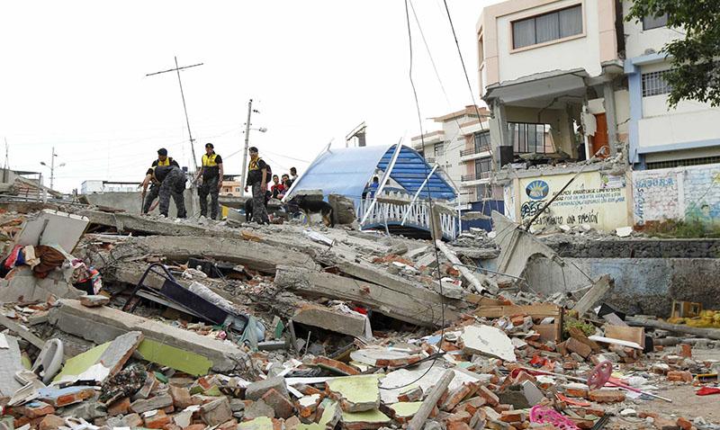 Telefónica con los afectados del terremoto de Ecuador