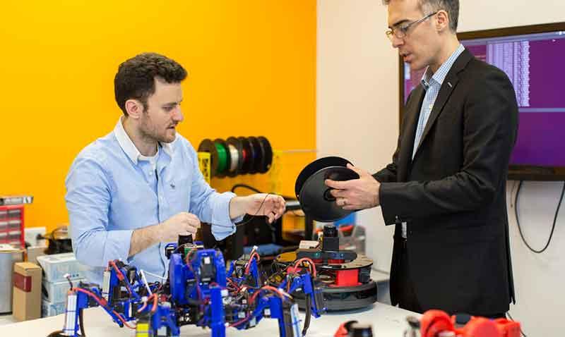 Siemens_Robots-aracnidos_HOME
