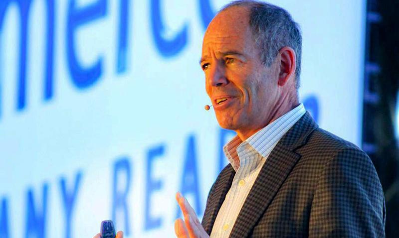 Marc Randolph, co-fundador de Netflix, compartío sus experiencias de emprendedor