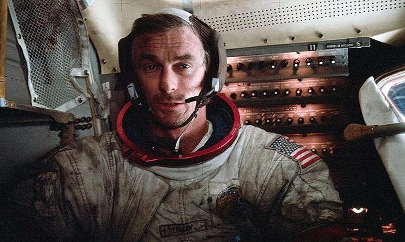 Falleció Eugene Cernan, el último astronauta que pisó la Luna