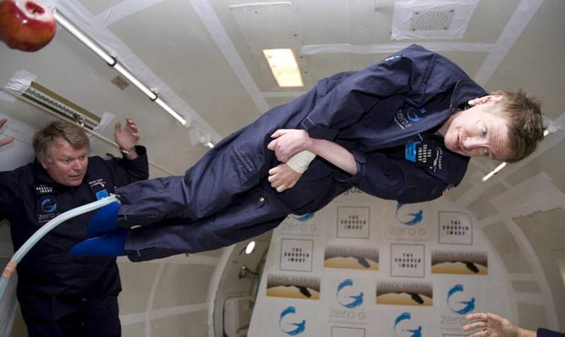 El actor Eddie Redmayne en el papel de Stephen Hawking en 'La teoría del todo'