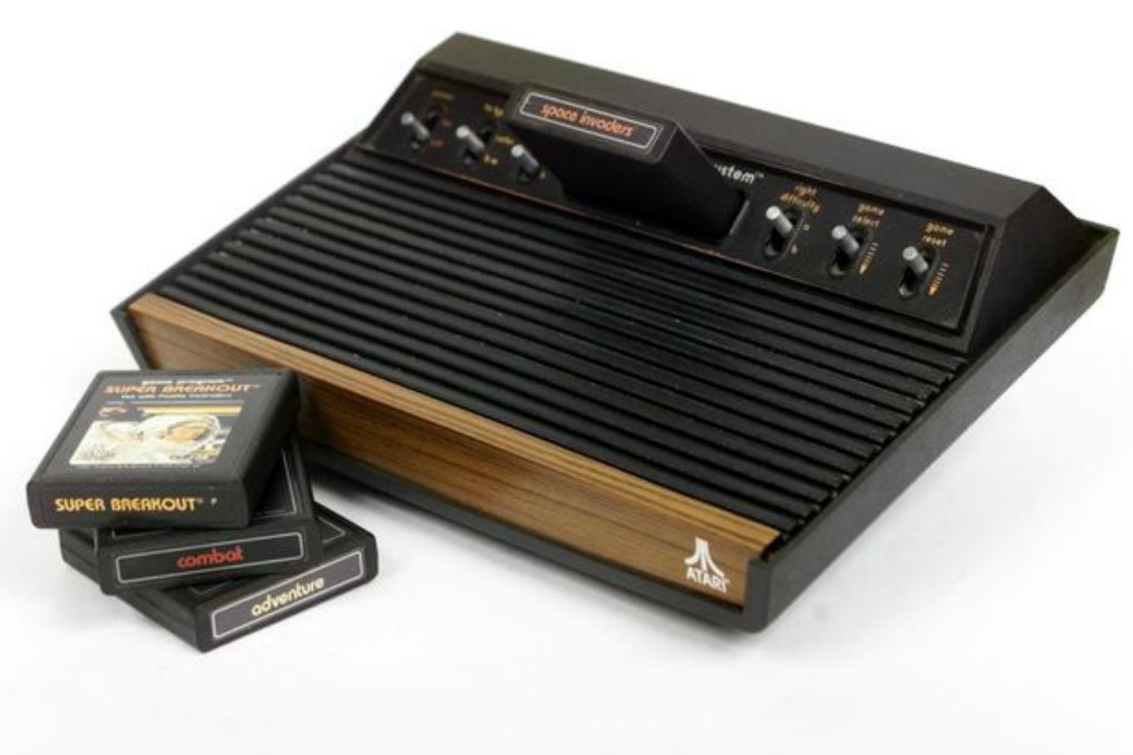 Atari_console