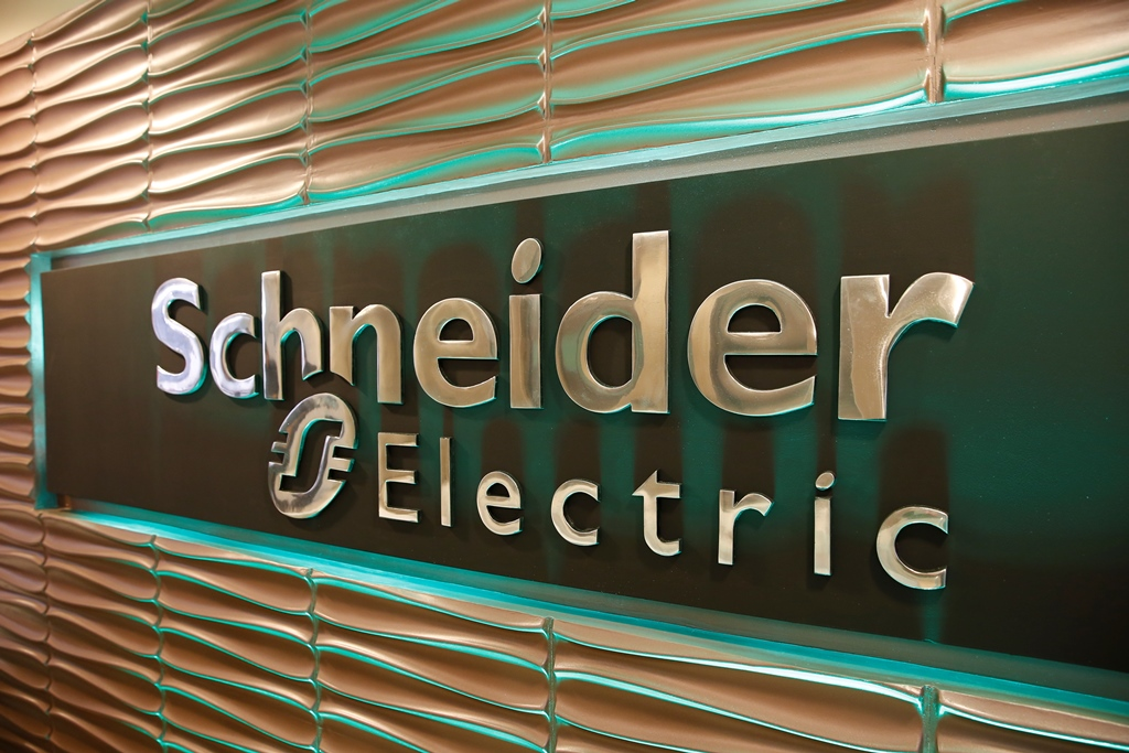 Schneider Electric 37